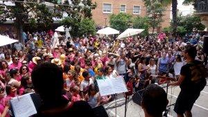 La Banda de la Festa Major posa les notes musicals al darrer vermut