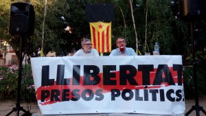Vicent Partal pronuncia una xerrada-tertúlia a la plaça de la Patacada de Reus