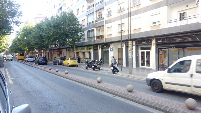 L'incendi s'ha declarat al número 78 del carrer de Pere el Cerimoniós