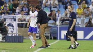 Alberto Benito, lesionat, rep el suport del cos tècnic del Saragossa