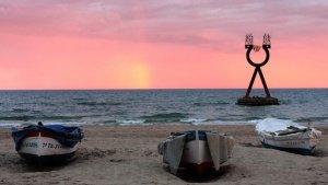 L'escultura 'Alfa i Omega', a Torredembarra.
