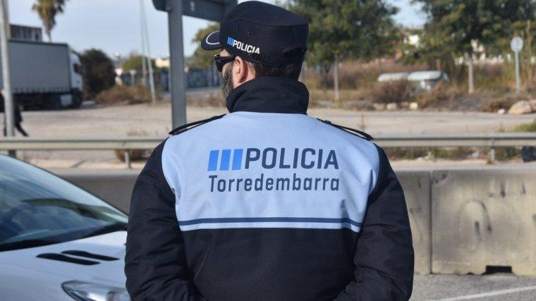 Imatge d'arxiu d'un agent de la Policia Local de Torredembarra