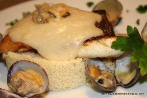 Filet de turbot amb cous-cous i velouté de peix