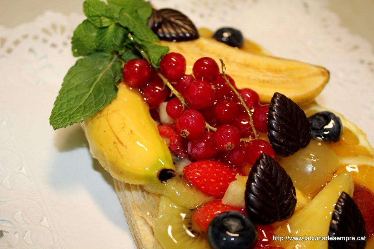 Banda de crema amb fruita