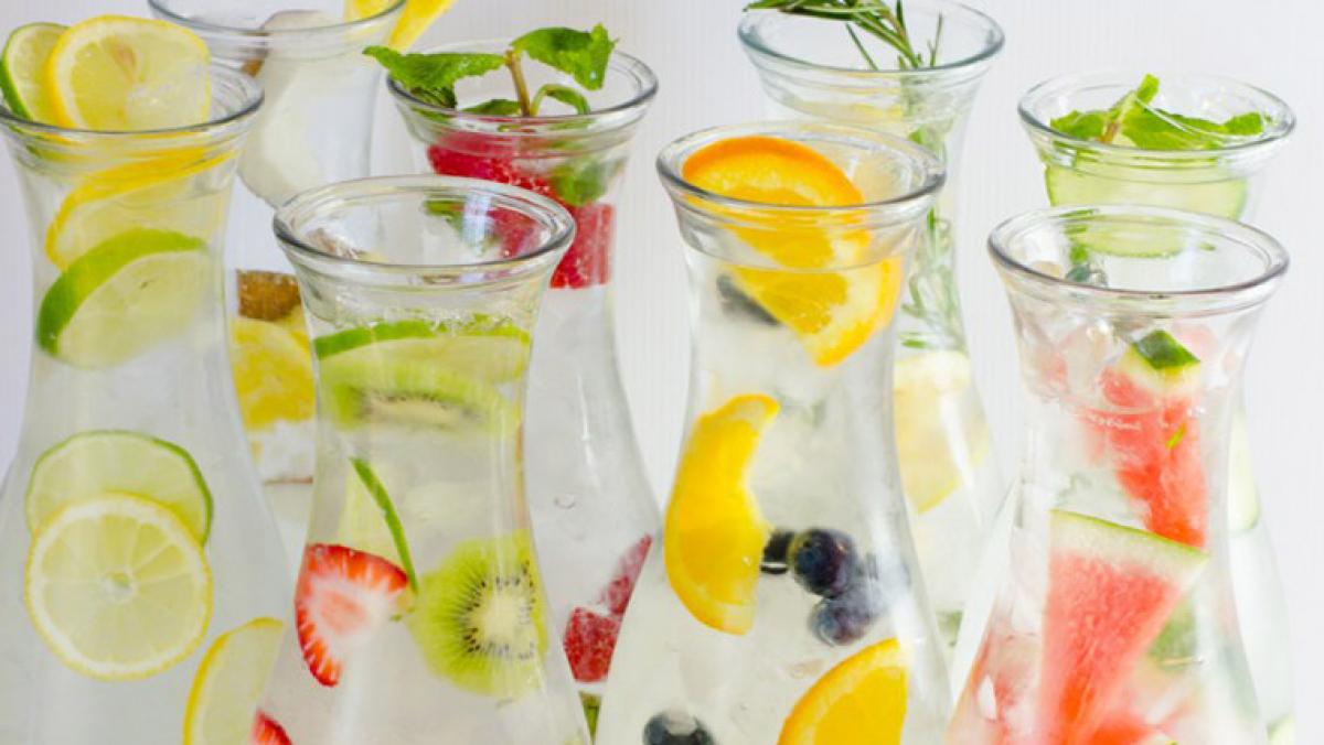 Aigua amb fruites