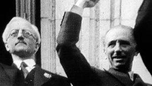 Lluís Companys proclamant l'Estat català
