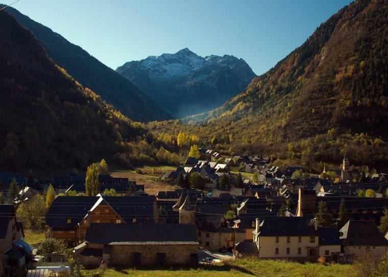 El poble d'Arties