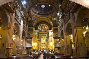 Interior de la basílica de la Mercè