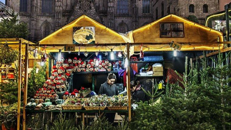 La fira de Santa Llúcia a Barcelona és un dels clàssics d'aquestes dates