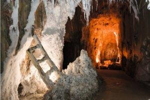 Interior de la Muntanya de Sal de Cardona