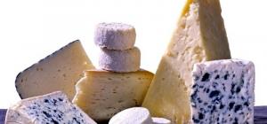 A la zona s'hi elaboren diferents tipus de formatges artesanals