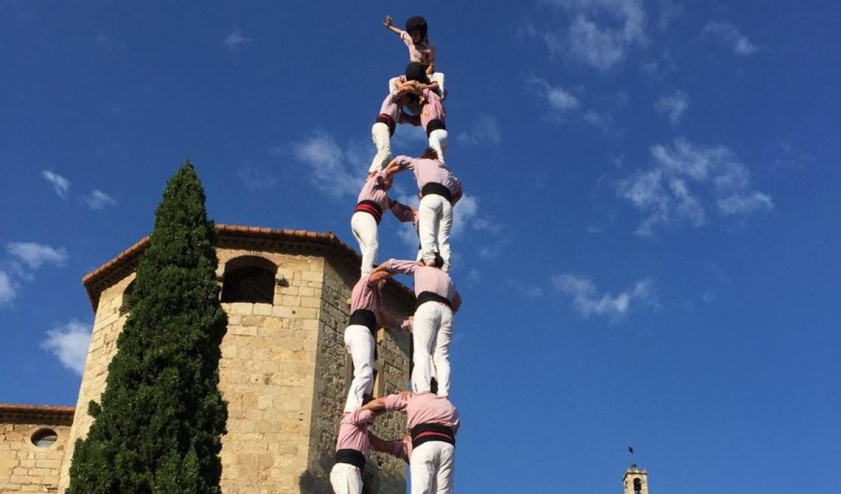 Els minyons porten el 3 de 9 amb folre a sant cugat - Mudanzas sant cugat del valles ...
