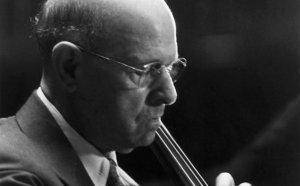 Casals va ser un gran compositor i amant de la cultura catalana, en especial del món dels castells.