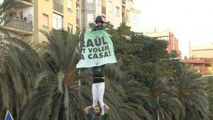 La pancarta exhibida pels Castellers de Sant Cugat.