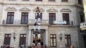 3de8 dels Xiquets de Reus a l'antiga a la plaça del Mercadal