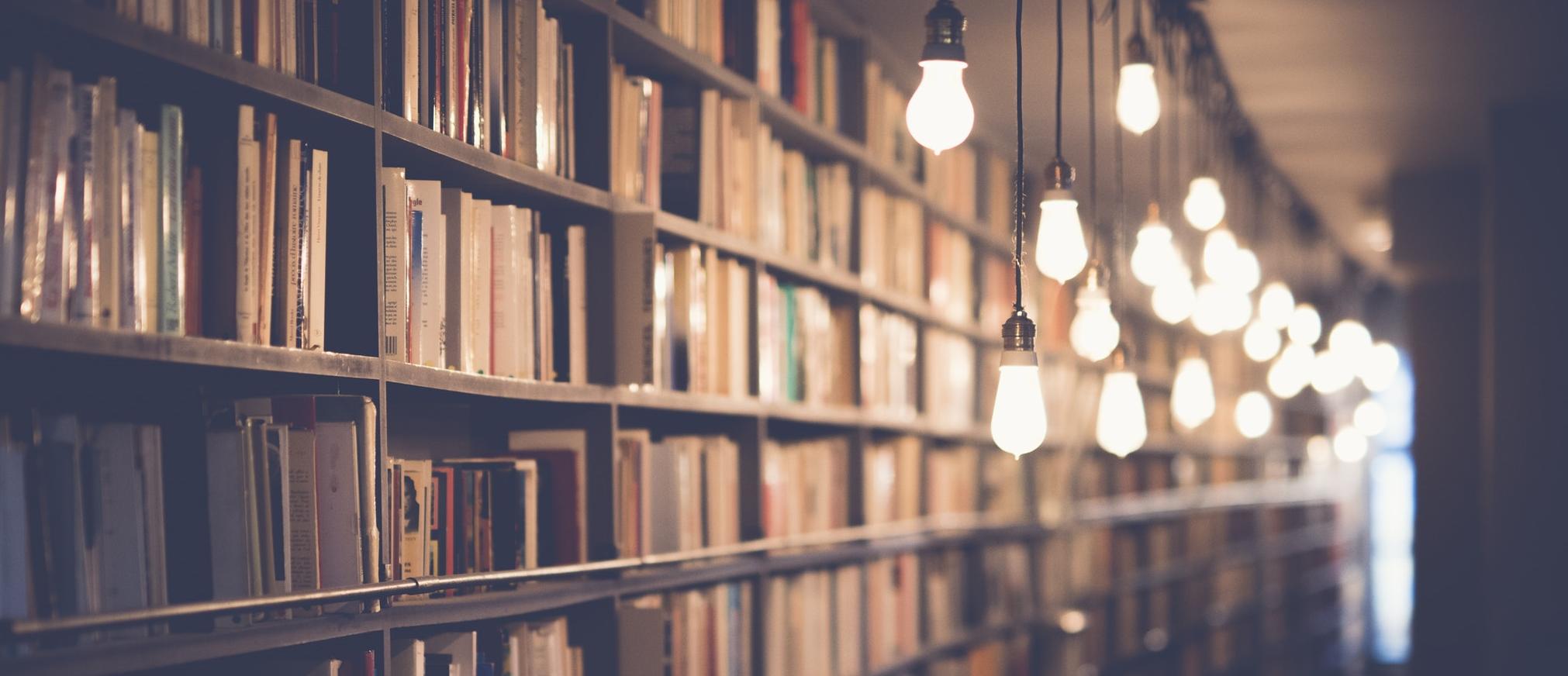 Actualidad sobre los libros más vendidos, escritores y los mejores relatos cortos.