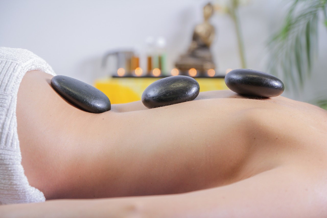La medicina alternativa incluye la acupuntura o la homeopatía.