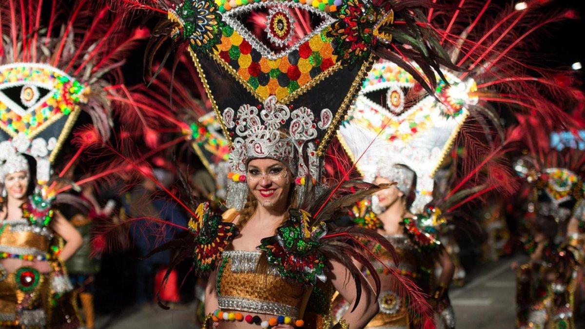 Imatge d'una rua de carnaval