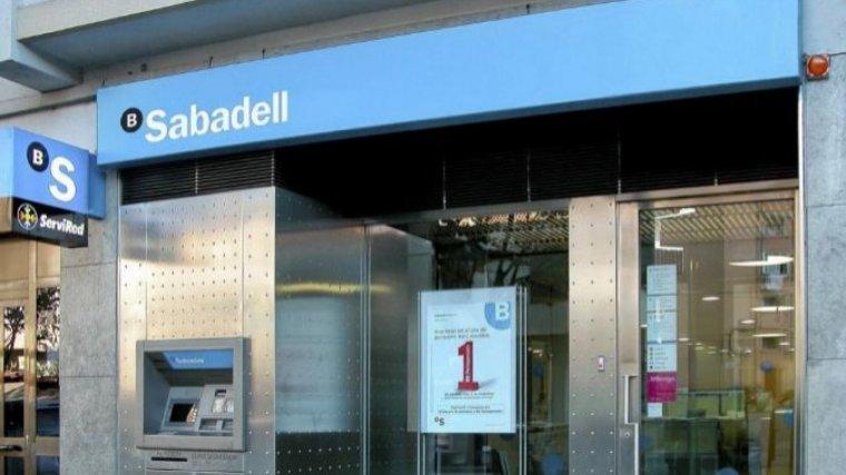 El consell de banc sabadell es reuneix aquesta tarda per - Oficinas banc sabadell barcelona ...