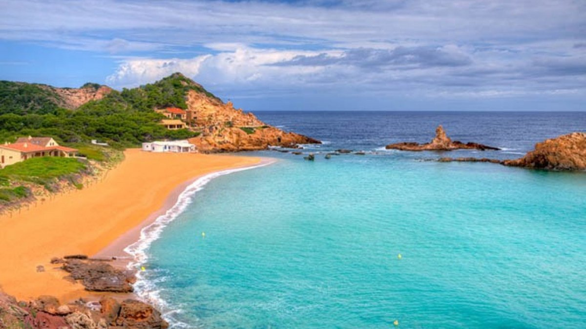 Les 12 platges amb més encant dEspanya