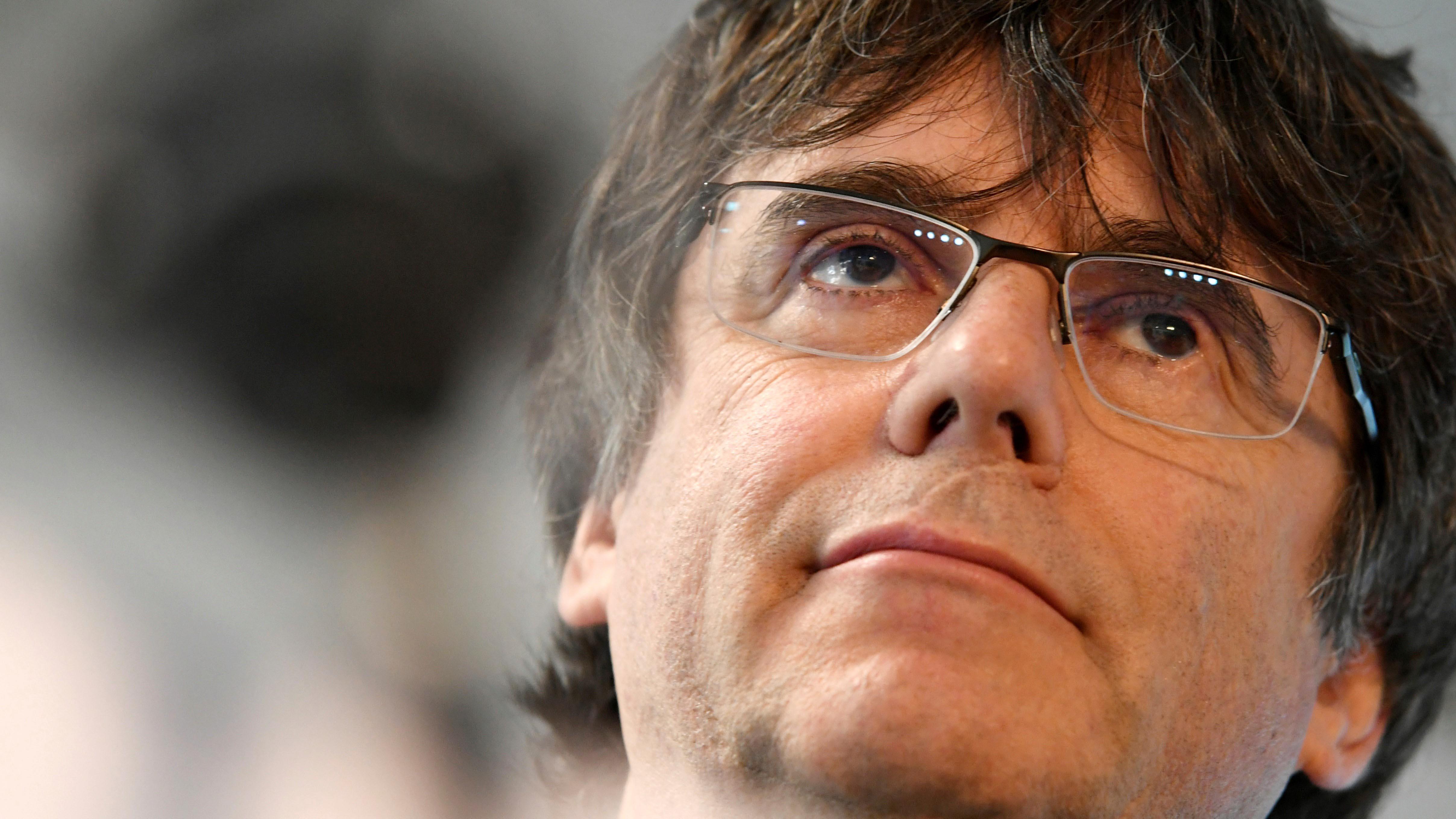 ENQUESTA: Creus que la justícia belga hauria d'extradir Puigdemont i entregar-lo a Espanya?